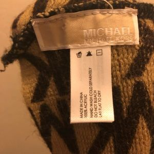 Michael Kors Accessories - MICHAEL KORS infinity scarf